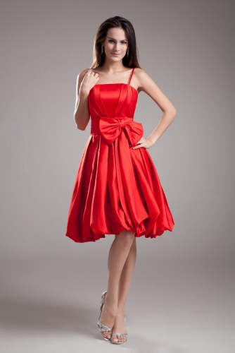 Short Pleated Red Satin Bridesmaid Dresses with Sash