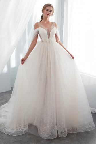 Chantilly Lace Wedding Dresses with Plunge Neckline
