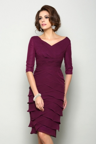 Short Plum Color Mother of Bride Dresses with Layered Skirt