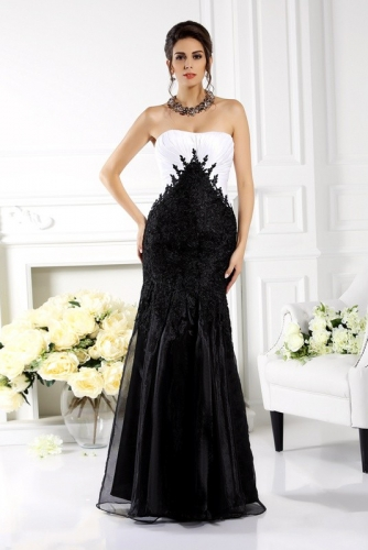 Black and White Mother of Bride Dresses with Lace Appliques