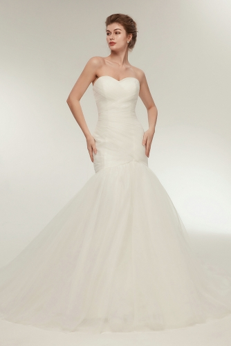 Sweetheart Pleated Fit and Flare Tulle Wedding Dresses