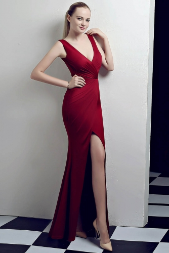 Burgundy Low V Neck Stretch Jersey Dresses with Slit