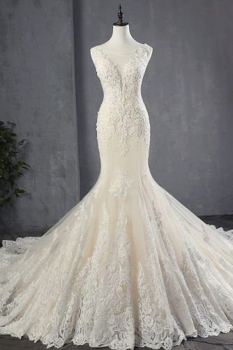 Elegant Mermaid Lace Wedding Dress with Cathedral Train