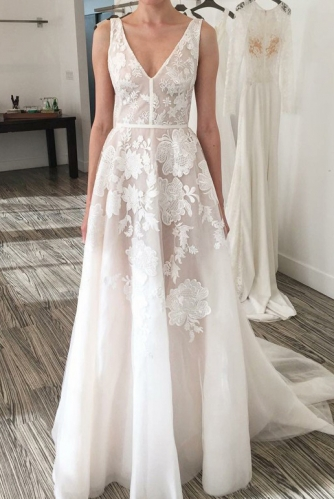 Sexy  V Neck Sheer Ivory Lace Beach Wedding Dress
