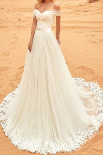 Simple Iovry Tulle Beach Wedding Dress with Lace